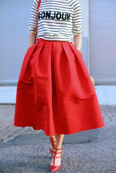 marinière jupe rouge